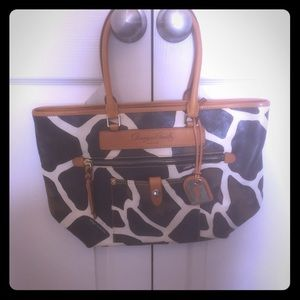 Dooney & Bourke Shoulder Tote